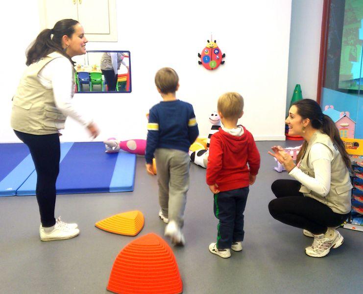 Omniocio celebra la apertura de la sala infantil carrefour for Valla infantil carrefour